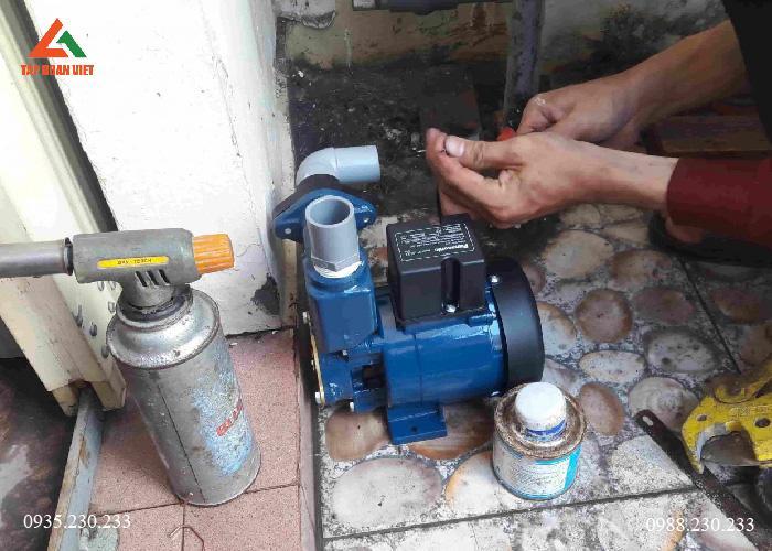Sửa máy bơm nước tại nhà quận Tây Hồ uy tín