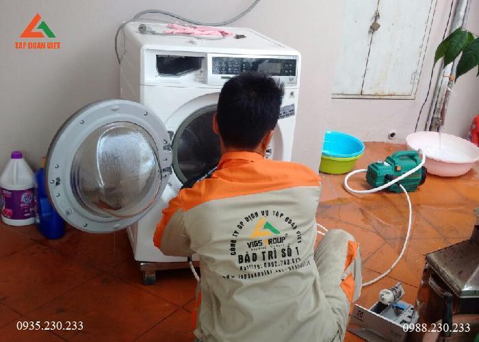 Vệ sinh máy giặt tại Hà Nội uy tín