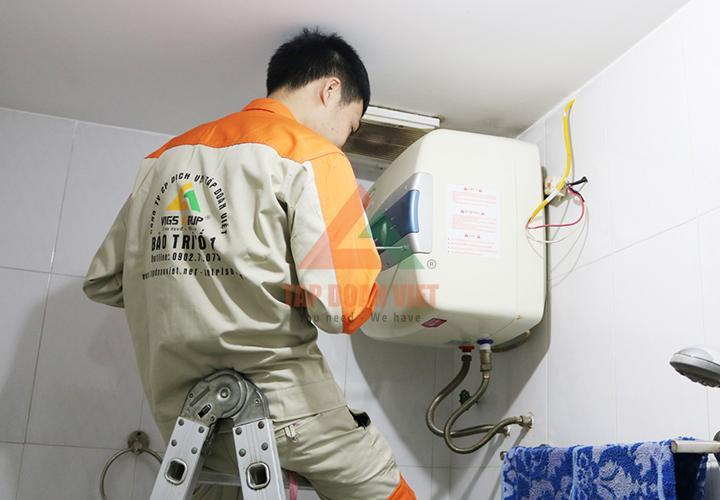 Lắp đặt bình nóng lạnh ở quận Long Biên nhanh chóng, đảm bảo.