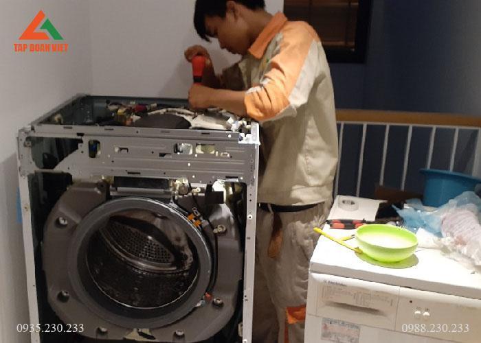Dịch vụ lắp đặt máy giặt tại nhà giá rẻ ở Hà Nội tại Tập Đoàn Việt